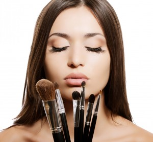 how-to-clean-make-up-brushes-at-home11